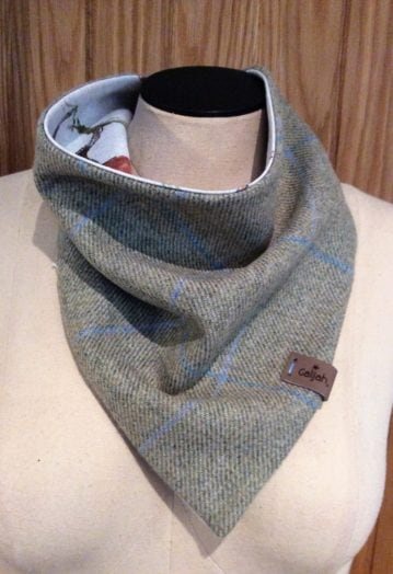 Neck Wrap Grey Tweed with Equestrian lining