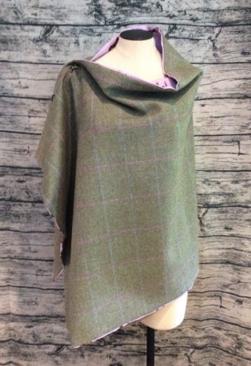 Ashen Green Tweed Cape with Lilac Horse lining