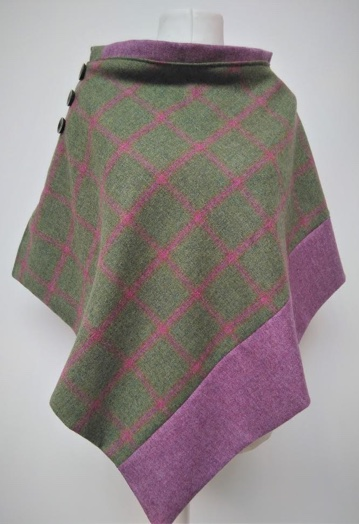 Country Green & Raspberry Fine Tweed Cape with Paisley Lining