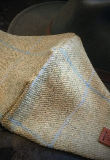 Oatmeal Tweed Face Covering with Pheasant lining