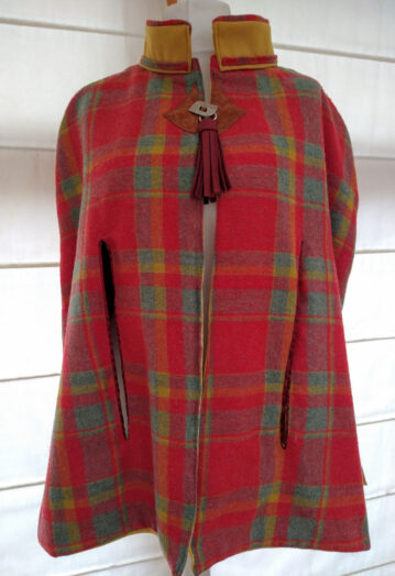 Super Soft Crimson Red & Honey Tweed Wool Tailored Cape